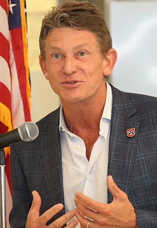 Randy Boyd increases Radio Systems control, TSG Consumer again at table | animal health, Boyd Venture Challenge, Chris Chandler, consumer products, DogsWell, economic development, Gov. Bill Haslam, Invisible Fence, Launch Tennessee, LaunchTN, mergers and acquisitions, pet care, pets, PetSafe, Radio Systems Corp., Randy Boyd, SDR Ventures, security, Tennessee Technology Development Corporation, TSG Consumer Partners, TTDC, Willie Wallace